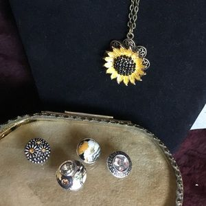 💥SALE!💥 NWOT- Snap Jewelry- 5 Necklaces in One!
